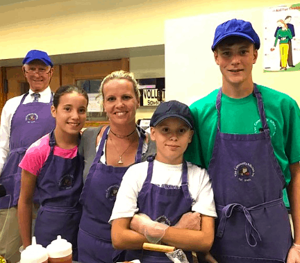 volunteers at the community kitchen